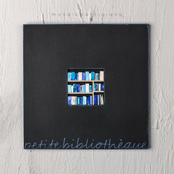 lato 35 petite bibliotheque cornice nero blu quadro mosaico
