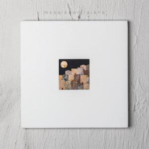 lato-35-le-village-cornice-bianca-quadro-mosaico