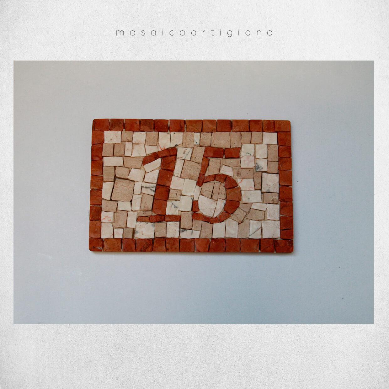 mosaico-parietale-numero-civico-2