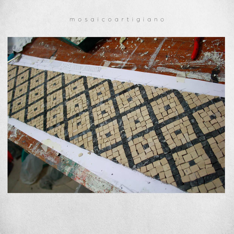 mosaico-pavimentale-soglia-2